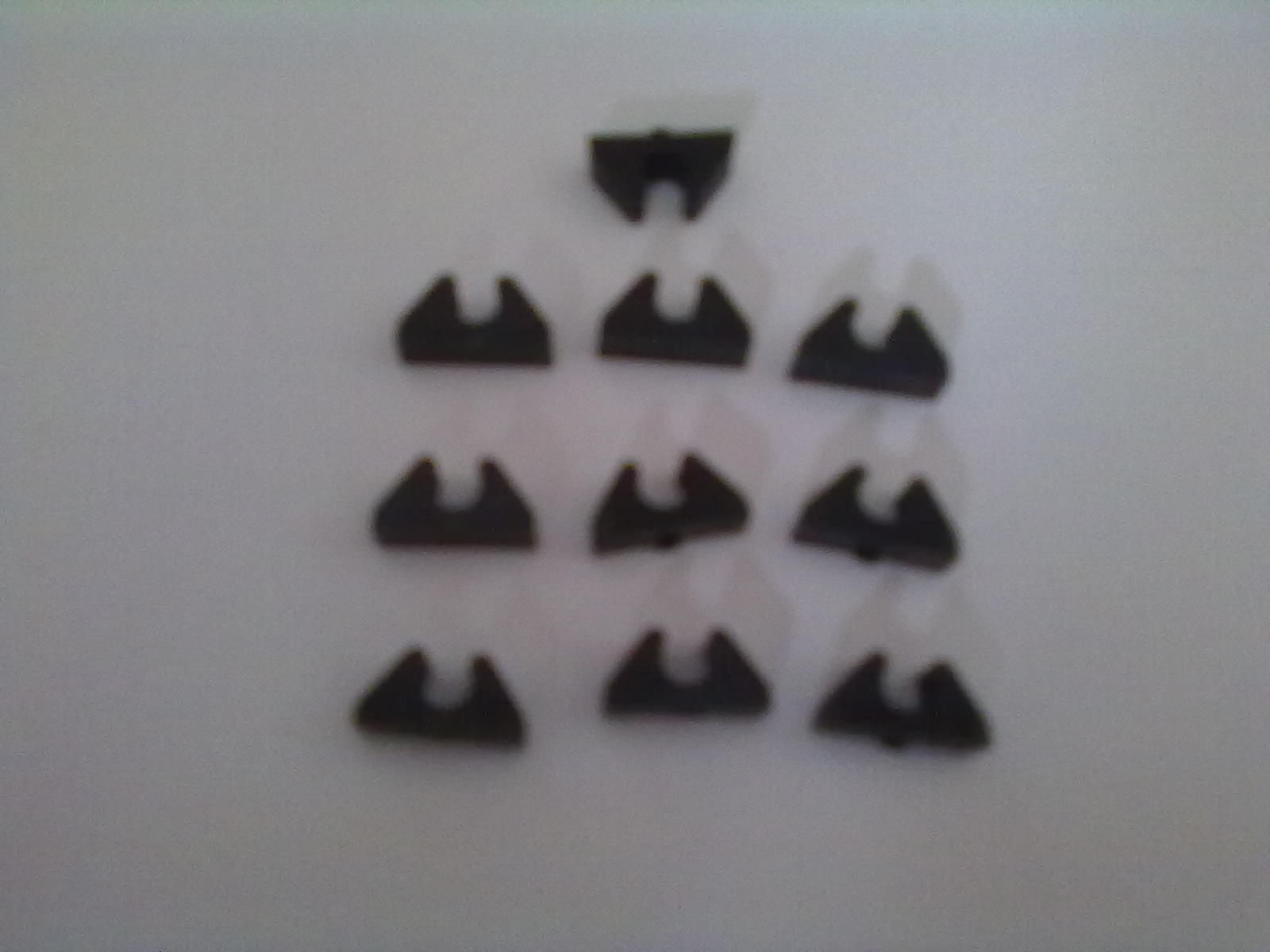 Tidy 4mm fuel line clips (10pcs)